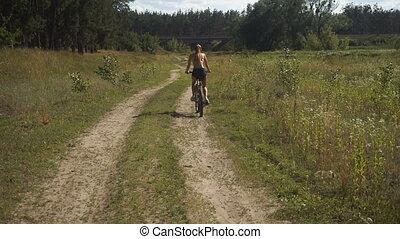 femme, vélo, jeune, conduite