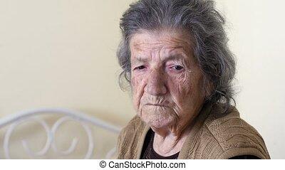 femme, vieux, petit-fils, très, grand-mère, baisers, homme aîné