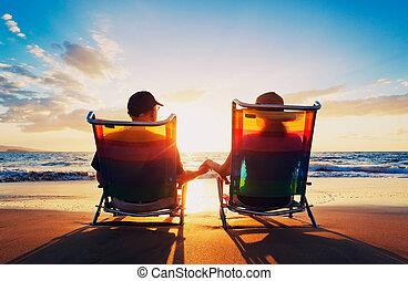 femme, vieux, regarder, couple, séance, coucher soleil,...