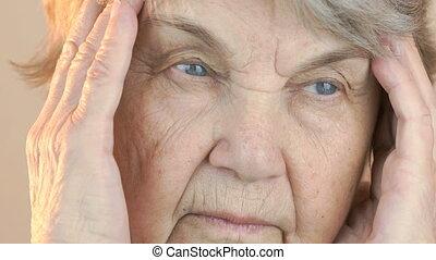 femme, vieux, souffre, 80s, vieilli, maux tête