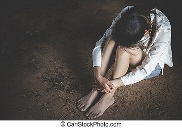 femme, violence, tension, femmes, problèmes domestiques, cuisine, dépression, dépression, déprimé, abus, suicide., séance, famille, pleurer, concept, plancher