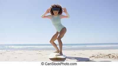 femme, virtuel, porter, plage, réalité, lunettes