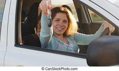 femme, voiture, projection, jeune, clã©, nouveau