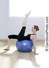 femme, yoga, gymnase, balle, stabilité, pilates, fitness