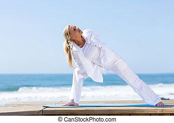 femme, yoga, mûrir, fitness
