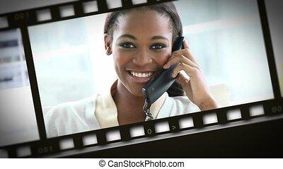 femmes affaires, téléphone, montage