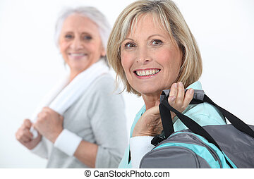 femmes, centre, mûrir, fitness