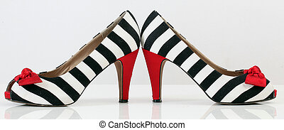 femmes, mode, shoes., zebra, pattern., rouges, talon