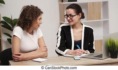 femmes, travail, deux, jeune, business, concept., équipe, ...