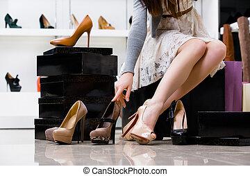 femmina, gambe, e, varietà, di, scarpe