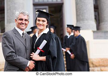 femmina, laureato, con, lei, padre