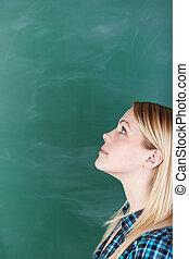 femmina, su, contro, dall'aspetto, lavagna, studente