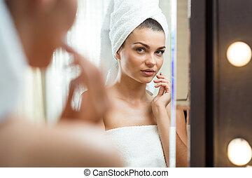 femmina, trattamento, valutazione, effetti