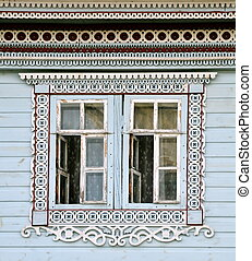 Altes holzh tte fenster russische dekoriert gro for Suche ein haus