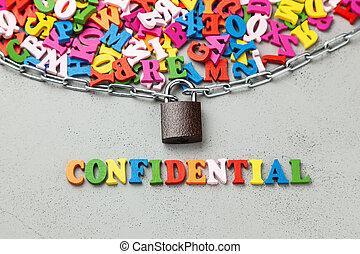 fermé, confidentiel, information., lettres, de, symbole information, emballé, dans, chaîne, et, locked.