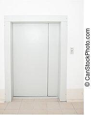 fermé, moderne, portes ascenseur, vue frontale