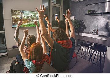 fernsehen, gruppe, uhr, zusammen, spiel, freuen, friends