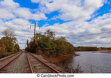 ferrocarril, cicatrizarse, a, horizonte, debajo, cielo dramático