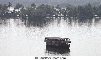 ferry-boat, encore, coup, riverbank