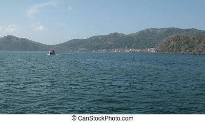 Ferry Sailing From Isla Taboga