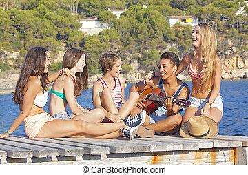 festa, adolescenti, spiaggia