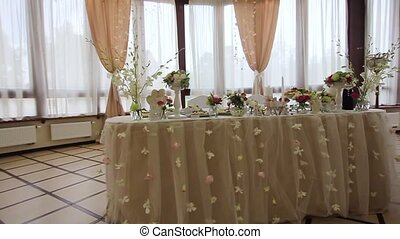 Festive banquet hall. - Festive, decorated banquet hall for...