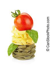 fettuccine, ninho, macarronada, com, tomate, cereja, e, manjericão
