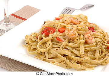 Fettuccine - Delicious fettuccine with pesto roasted peppers...