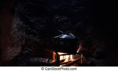 feu bois, pots, ébullition