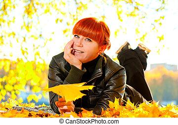 feuilles automne, femme, parc, érable