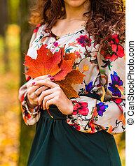 feuilles automne, parc, girl