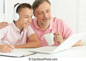 fiú, és, atya, használt laptop