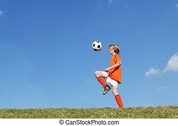 fiú, football., rúgás, futball, játék, kölyök