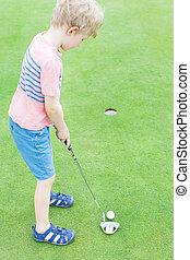 fiú, játék golf