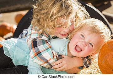 fiú, kevés, övé, lánytestvér, folt, csecsemő, játék, sütőtök
