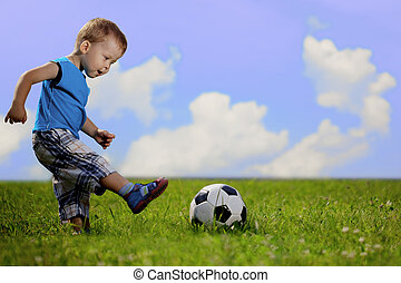 fiú, park., labda, játék, anya