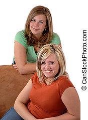 fiatal, 2 women