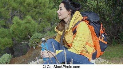 fiatal, backpacker, szünet, helyett, víz