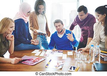 fiatal, coworkers, képben látható, üzleti találkozás