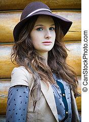 fiatal, elegáns, woman kifáraszt kalap