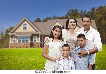 fiatal, hispanic család, előtt, -eik, új családi