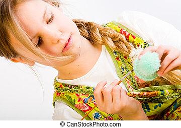 fiatal lány, összpontosított, képben látható, festmény