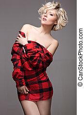 fiatal, meglehetősen, nő, feltevő, alatt, piros ing