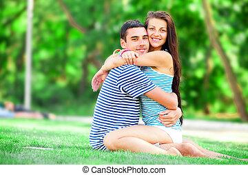 fiatal, tízenéves kor összekapcsol, csókolózás, -ban, külső