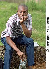 fiatalember, ülés, képben látható, egy, fa, trunk.