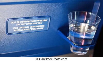ficar, apoio, costas, vidro água, cadeira, avião