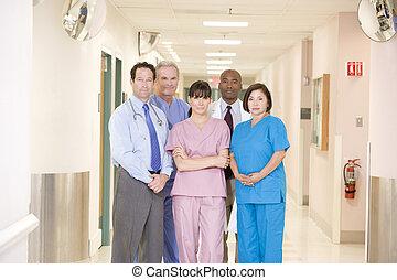 ficar, corredor hospital, equipe