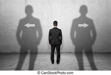 ficar, diferente, apontar, parede, setas, concreto, directions., frente, homem negócios