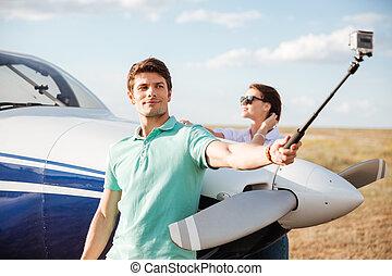 ficar, fazer, par, avião, selfie