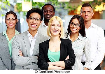 ficar, grupo, colegas trabalho, escritório, feliz